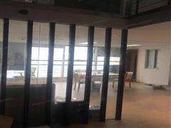 中南世纪城 出租1室1厅1卫 200平 10000元/每月
