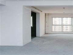 中南世纪花城 出售3室2厅2卫 135平 335万