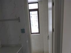 金海苑 出租3室2厅2卫 113平 2600元/每月
