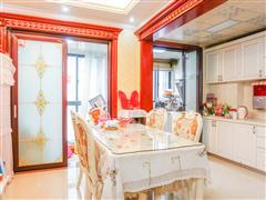 中南世纪城 出售3室2厅2卫 159平 328万