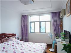 城港新村 出售2室1厅1卫 76平 110万