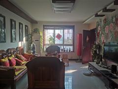滨江花园 出售4室2厅2卫 145平 310万