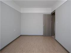 雅居乐花园 出售3室2厅2卫 127平 230万
