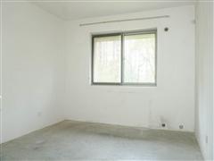 世濠花园 出售1室1厅1卫 62平 125万