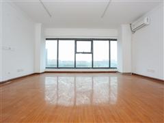 天空之城 出售3室2厅2卫 53平 70万