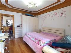 宾东新村小区 出售3室1厅1卫 85平 72.8万