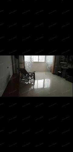 海港新村 出租4室2厅1卫 137平 3800元/每月
