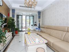 金水湾花园 出售3室2厅1卫 102平 228万