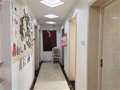新天地荣府 出售4室2厅2卫 144平 190万