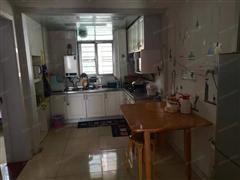 农垦生活院淮海西路101号 出售3室1厅1卫 70平 82万