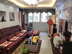 大南新村 出售3室2厅2卫 12.98平 170万
