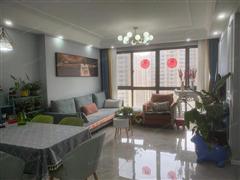 中港翡翠城 出售3室2厅2卫 106平 220万