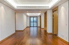 万濠瑜园 出售3室2厅2卫 139平 340万