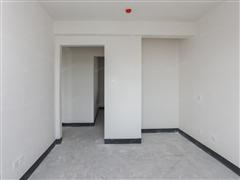 绿地新里城 出售3室2厅1卫 89平 150万