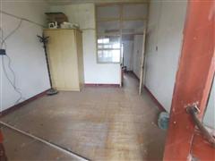 宾东新村小区 出售1室1厅1卫 46平 42万