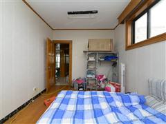 八角亭新村 出售3室2厅2卫 127平 140万