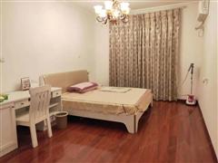 中豪国际星城 出售3室2厅2卫 131平 200万