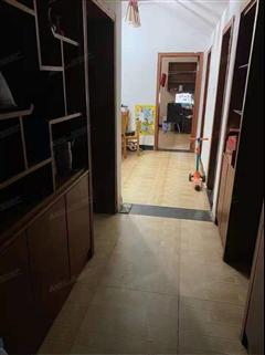 靳塘小区 出售2室1厅1卫 67平 62万
