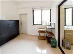 长江国际雅园 出售4室2厅2卫 133平 285万