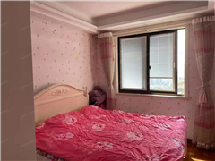 锦绣福邸 出售3室2厅2卫 132平 236万