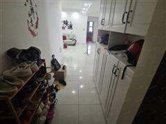 名豪太阳城 出售3室2厅2卫 134平 180万