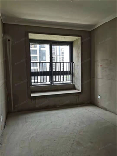 璟和名城 出售3室2厅1卫 111.05平 175万